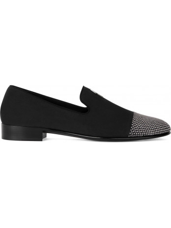 Cut 15 Slipper - Black