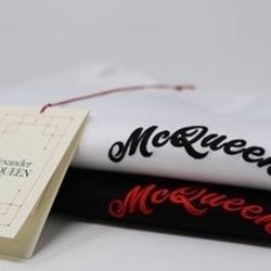 Alexander McQueen T-Shirt  3.5 Brands Store  www.3punkt5.ch